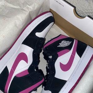 Jordan 1 women shoes